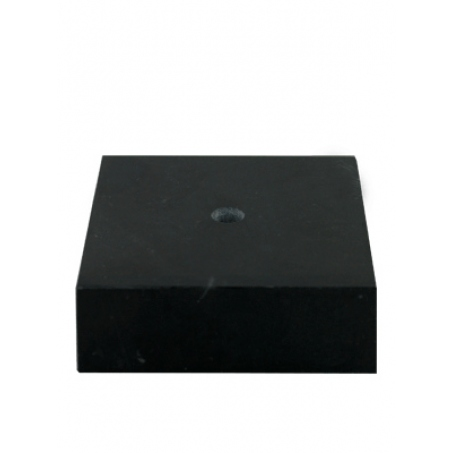 Мрамор черного цв. р-ры 20 х 55мм.